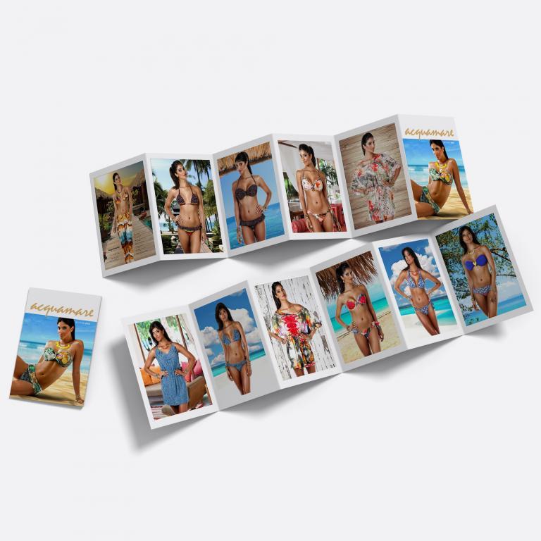 Planejamento visual do catálogo de produtos de moda praia, em formato de folder para a Acquamare, indústria e comércio de moda praia.
