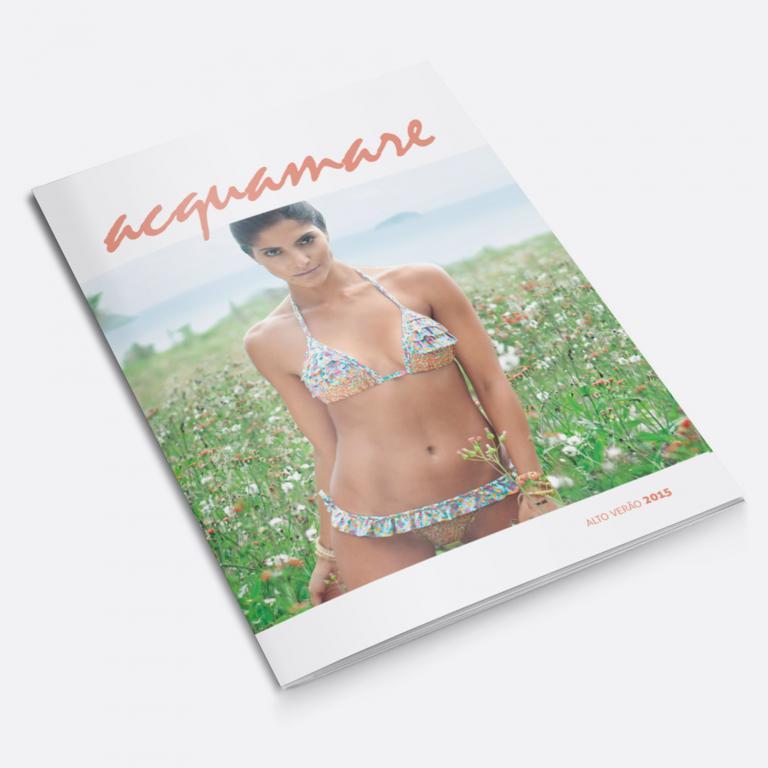 Planejamento visual da capa do catálogo de produtos para a Acquamare, indústria e comércio de moda praia.